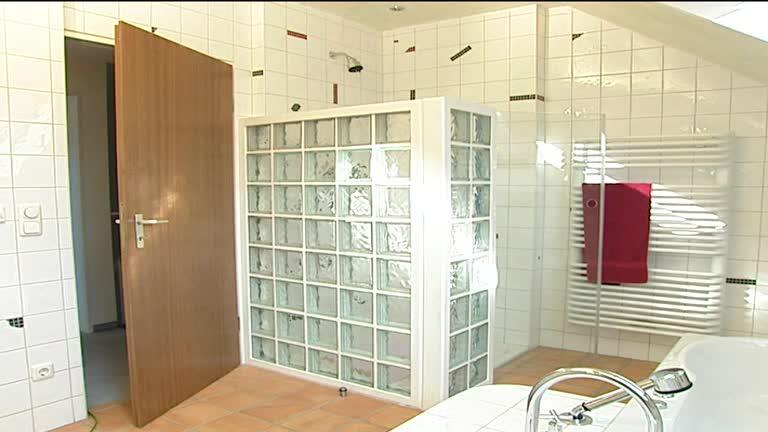 Glasbausteine dusche led  Duschwand Aus Glasbausteinen Erstellen: Glasbausteine - tritschler ...